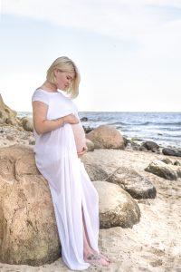 Zabezpieczony: Sesja ciążowa w plenerze – Gdynia Orłowo